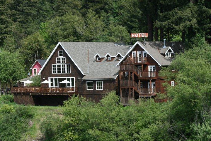 Highland Dell Lodge